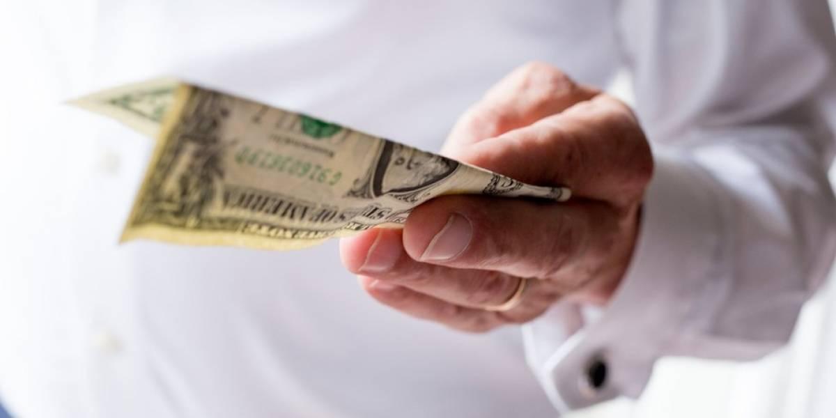 Dólar rebote fuerte y vuelve a ubicarse en los $600