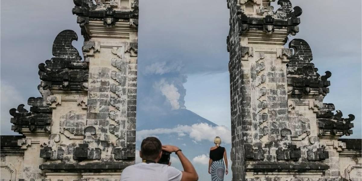 Las imágenes que anticipan la erupción del volcán Agung en Bali