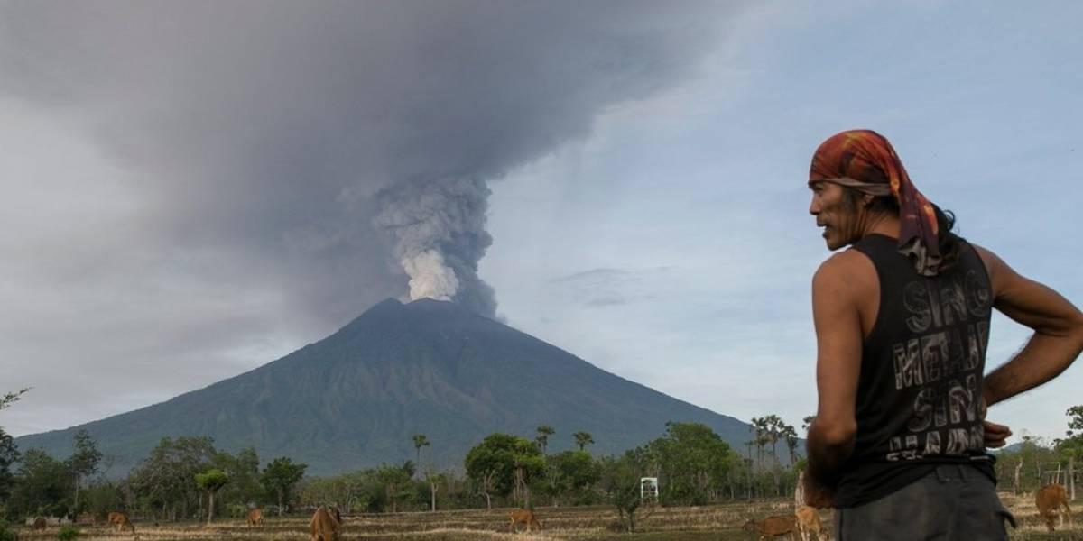 ¿Cómo fue la trágica erupción del volcán Agung en Bali en 1963 y por qué su recuerdo genera tanto temor ante la actual alerta máxima?