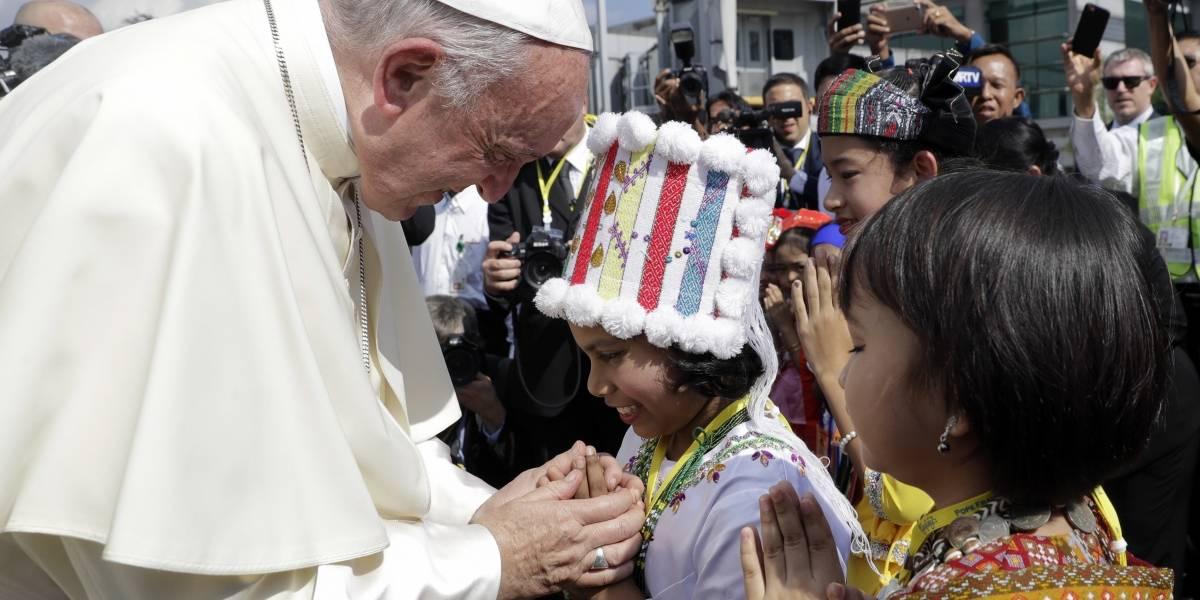 Papa Francisco inicia gira diplomática a Myanmar y Bangladesh