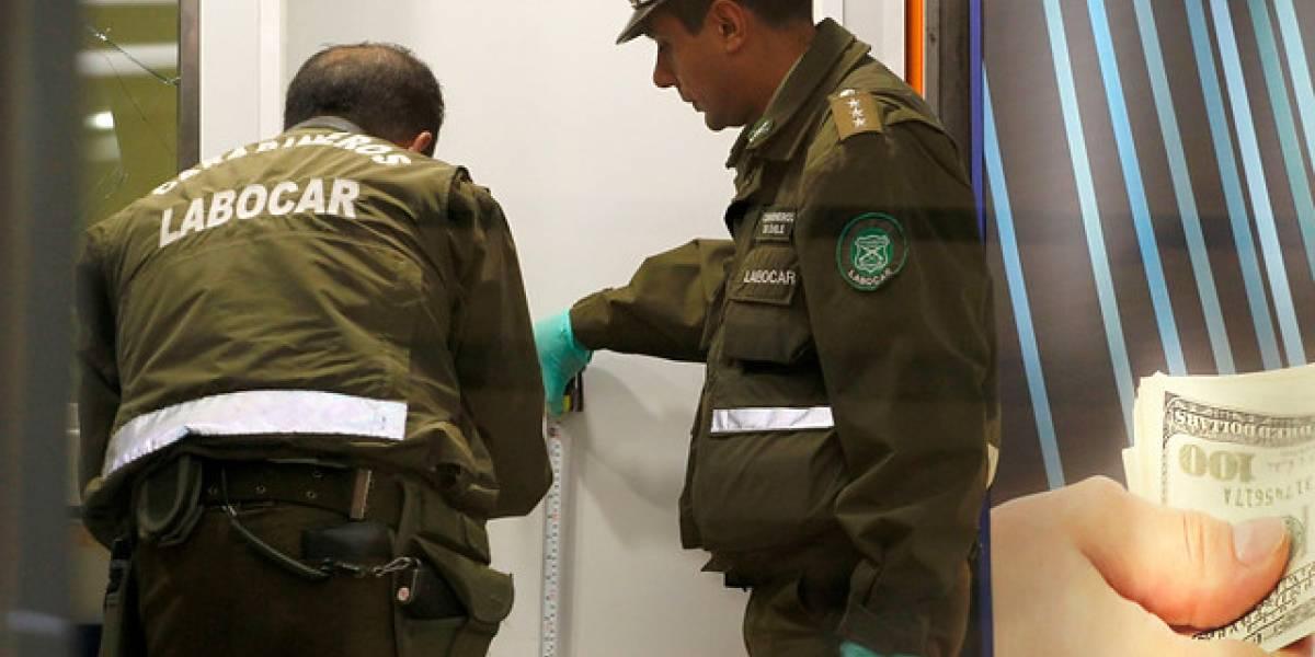 """Millonario robo: delincuentes ingresan a las bodegas del """"duty free"""" del aeropuerto y huyen con valiosas especies"""