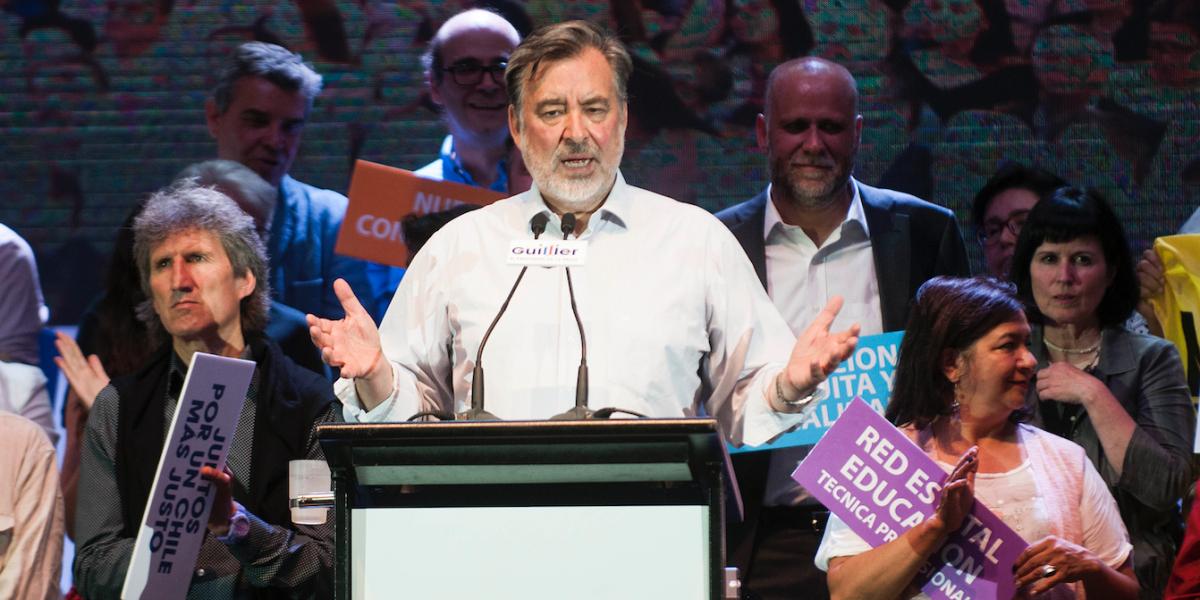 Guillier prometió condonar el CAE a 40% más pobre