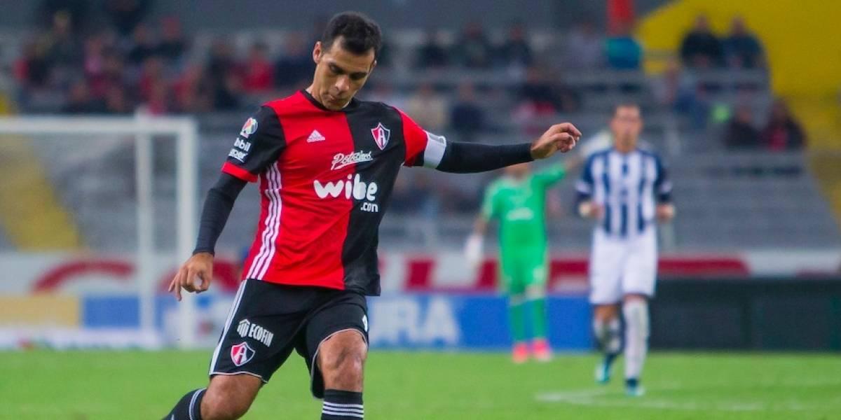 VIDEO: Rafa Márquez es ovacionado por aficionados de Monterrey