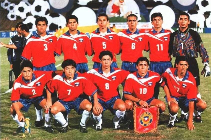 Álvarez (2) y Mirosevic (10) con la Roja en el Mundial Sub 17 de Egipto 1997 / Foto: Archivo