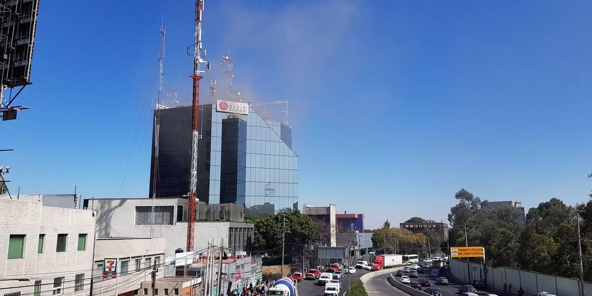 Se incendia edificio de radiodifusora en Miguel Hidalgo