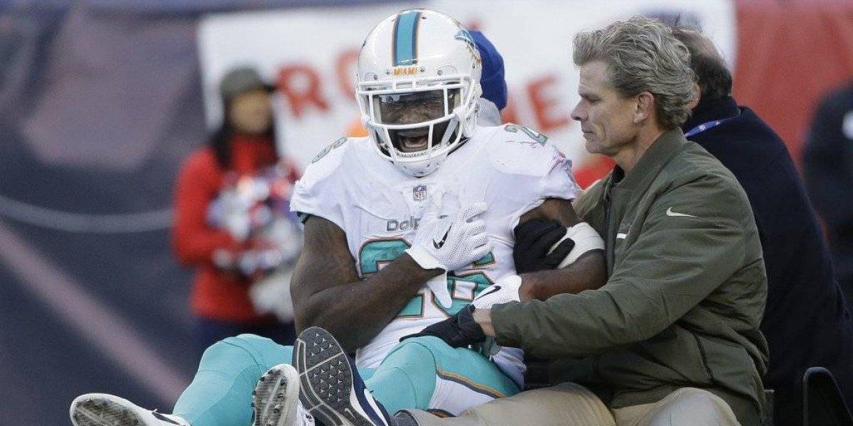 Corredor de los Delfines de Miami sufrió dislocación del hombro