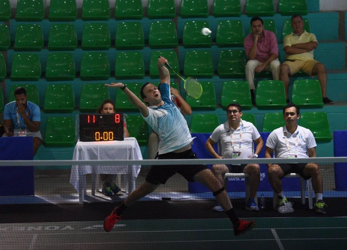 Kevin Cordón ya no pudo jugar las finales de singles.