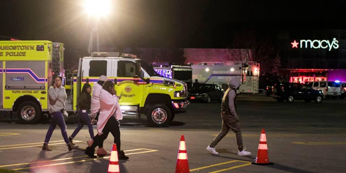 Evacuan centro comercial por disparo de arma en Nueva York