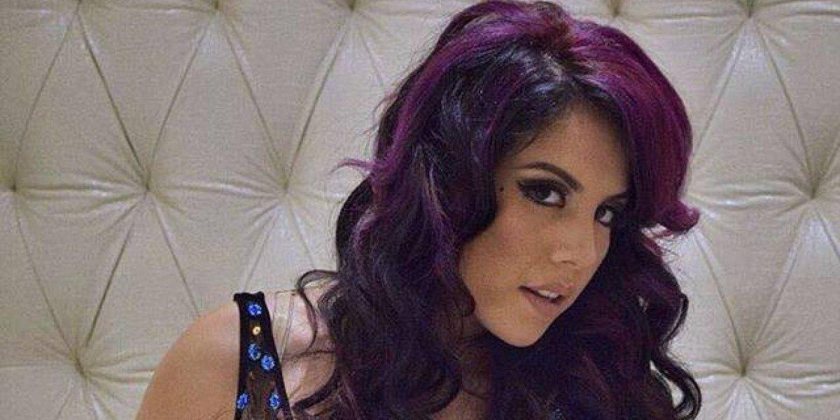Sin maquillaje y en bikini, Fabiola Roudha presume su belleza natural