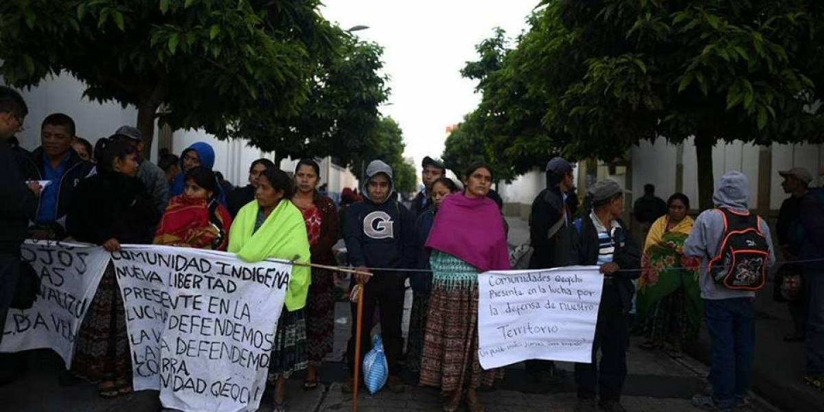 Pobladores de Alta Verapaz manifiestan en la zona 1