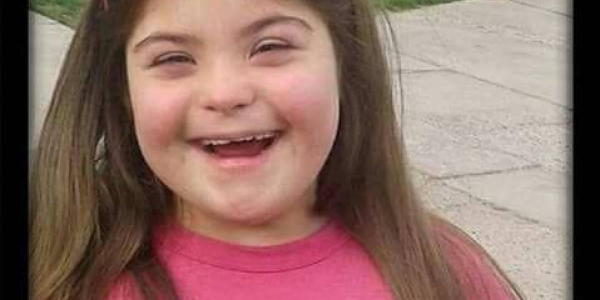 Cura le negó hacer la primera comunión a niña con síndrome de Down porque no puede orar
