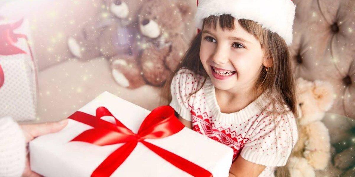 Puedes apadrinar a un niño o niña esta Navidad con un juguete nuevo