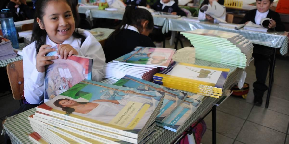 SEP firma convenios de educación con nueve estados
