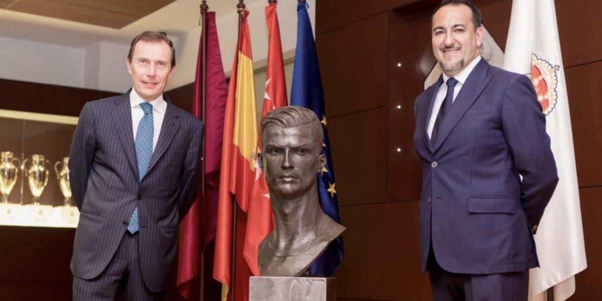 Su nuevo busto en el museo del Real Madrid — Cristiano Ronaldo