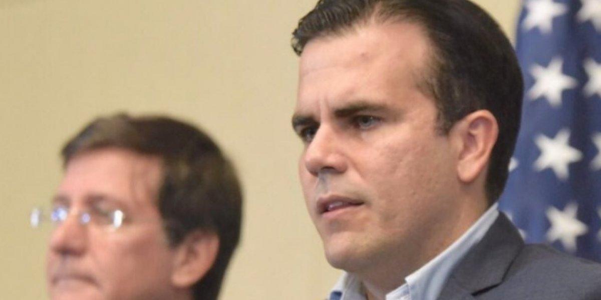 Rosselló reitera no se cambiará protocolo para certificar muertes por huracán