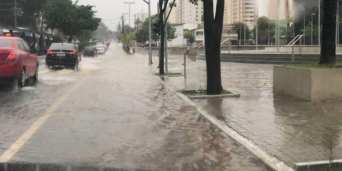 São Paulo tem 12 pontos de alagamentos nesta manhã
