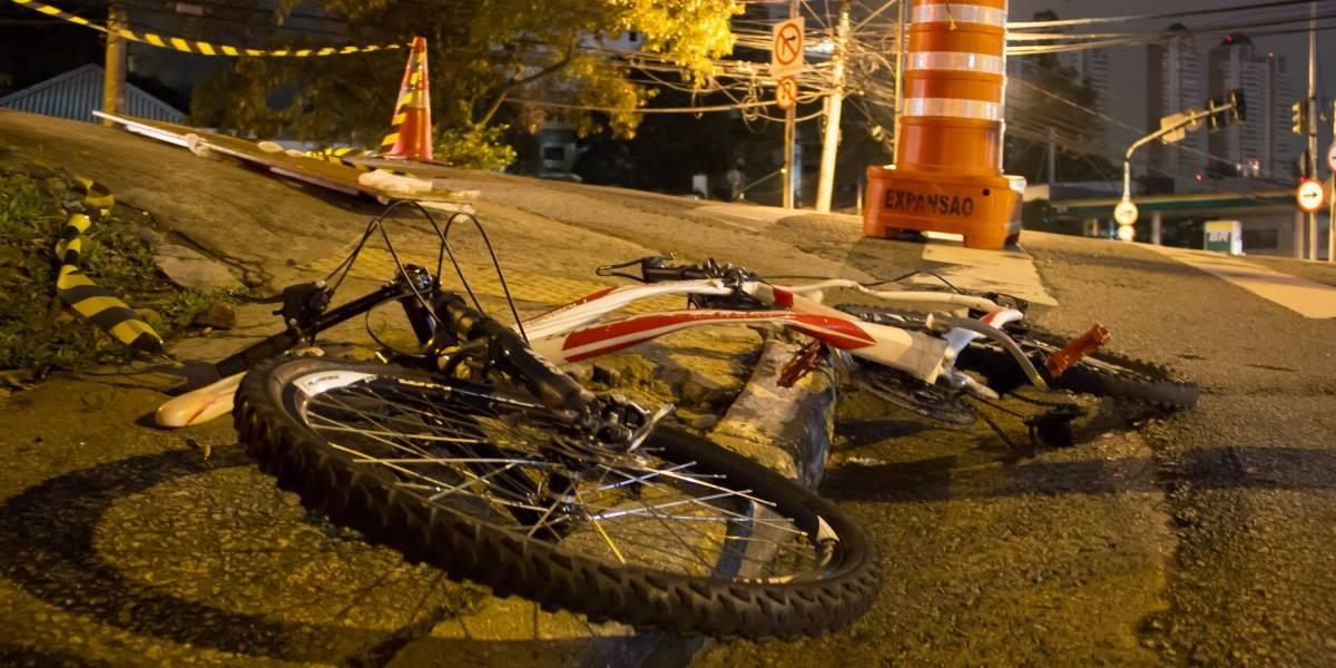 Ciclista morre atropelado por ônibus no Morumbi