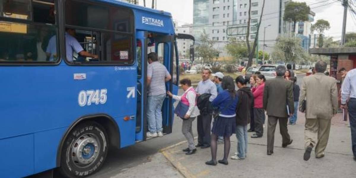 Nueva normativa para transporte pesado busca mejorar la calidad del aire en Quito