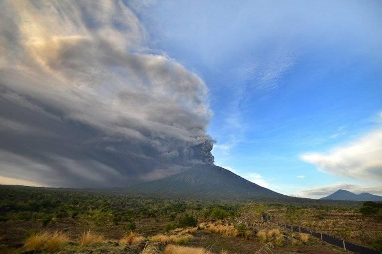 Erupción de volcán Agung