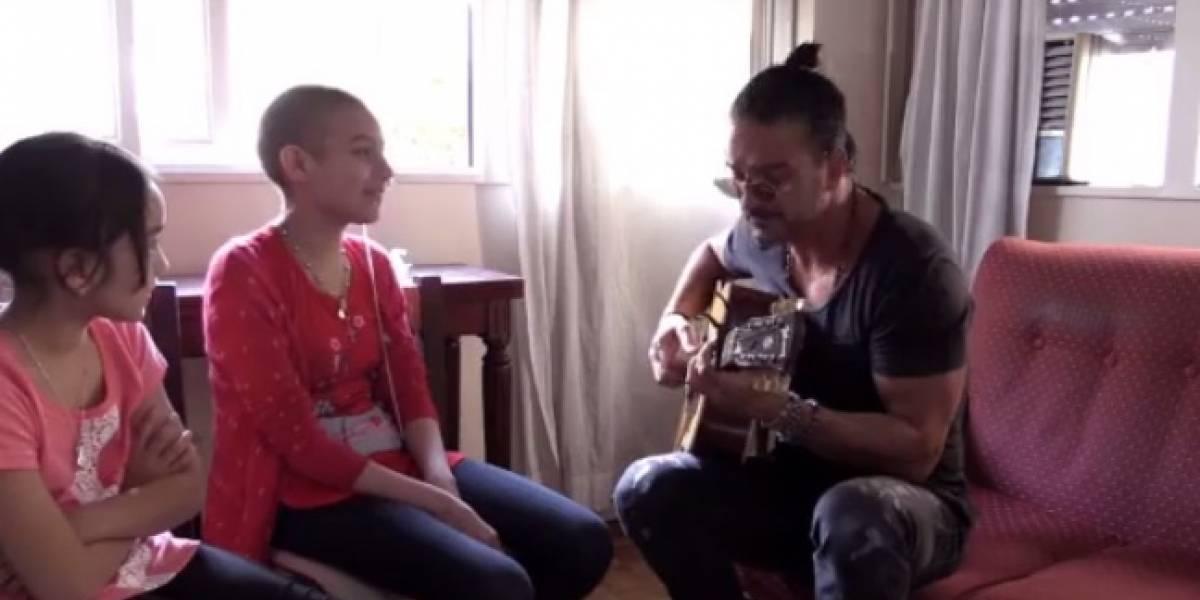 Arjona sorprende a niña con cáncer