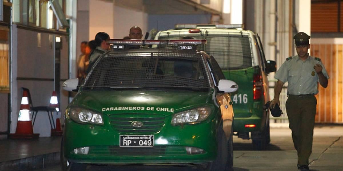 Salió en defensa de su hija y terminó apuñalada: sujeto realiza brutal ataque a familia de su ex pareja en Puente Alto