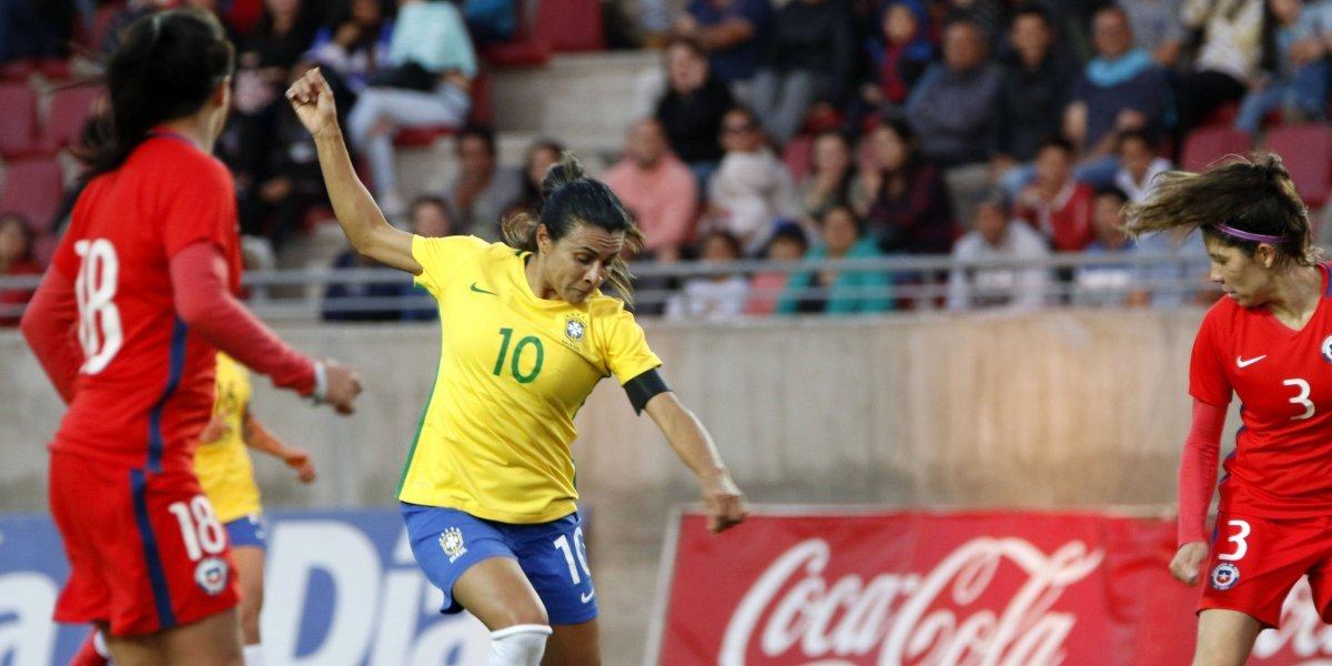 La magia de Marta y Brasil volvieron a frenar el ímpetu de La Roja femenina