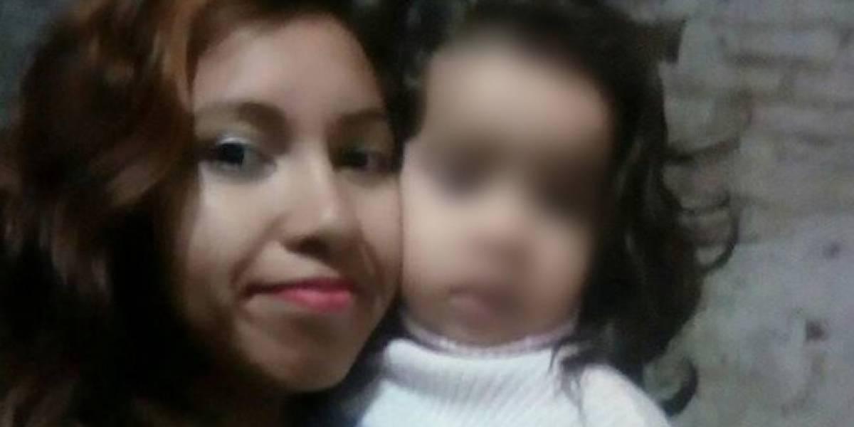 """La brutal confesión de madre que asfixió hasta la muerte a su hija de dos años: """"No tenía para darle de comer"""""""
