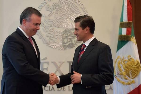 Inaugura Peña Nieto Cuartel Militar y Unidad Habitacional