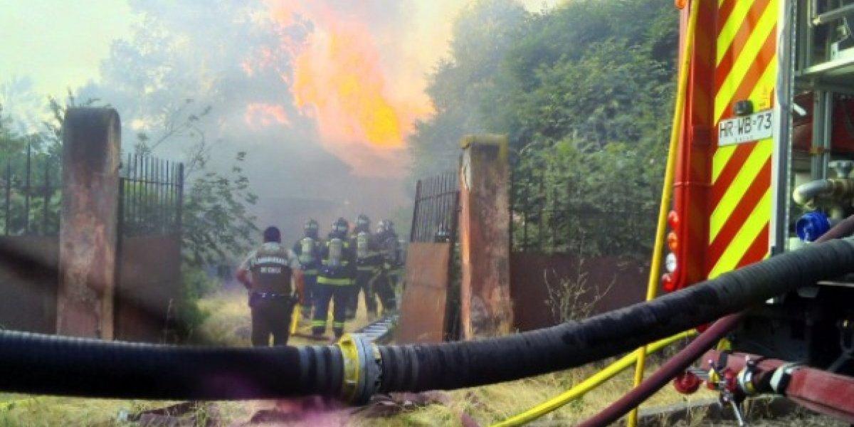 Desconocidos provocan violento incendio en el Hospital Psiquiátrico El Peral