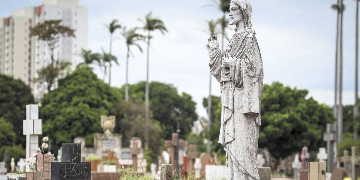 Cemitérios de Campinas terão nova taxa a partir de março