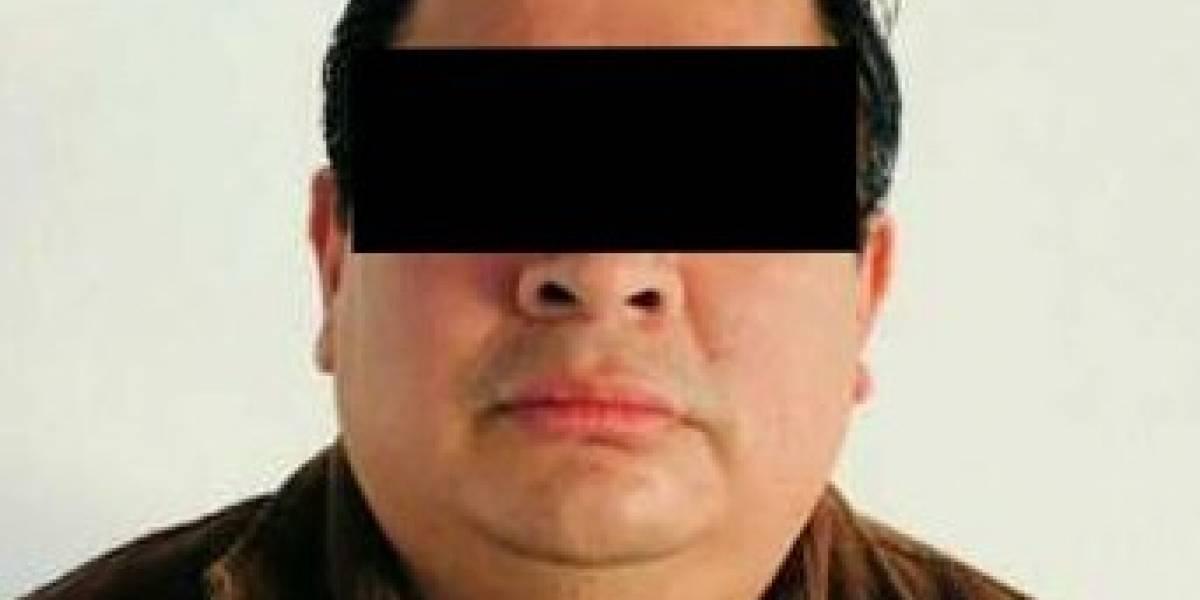 Autoridades vinculan a proceso a tres ex funcionarios de Gabino Cué