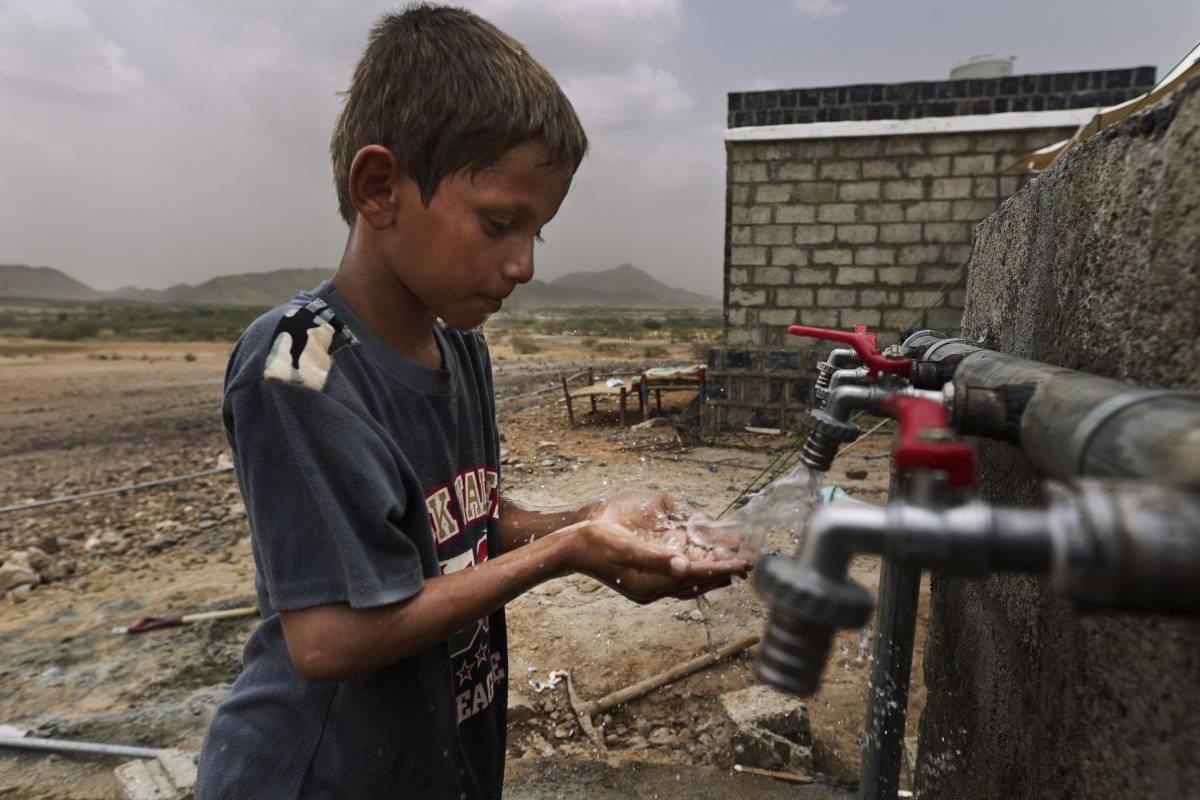 La escasez de agua potable ha provocado un brote de cólera que ha sido devastador.