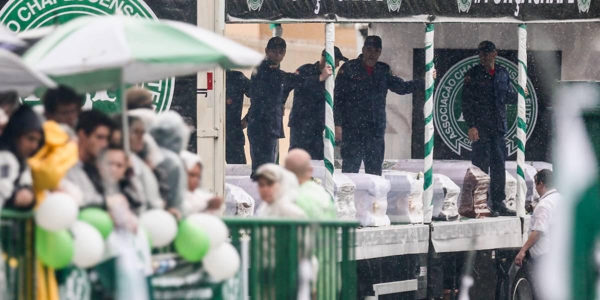 VIDEO: Víctimas del Chapecoense reciben homenaje a un año de la tragedia