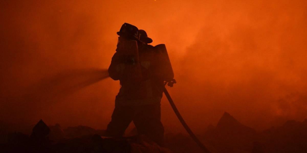 Se incendia una recicladora en Amatitlán