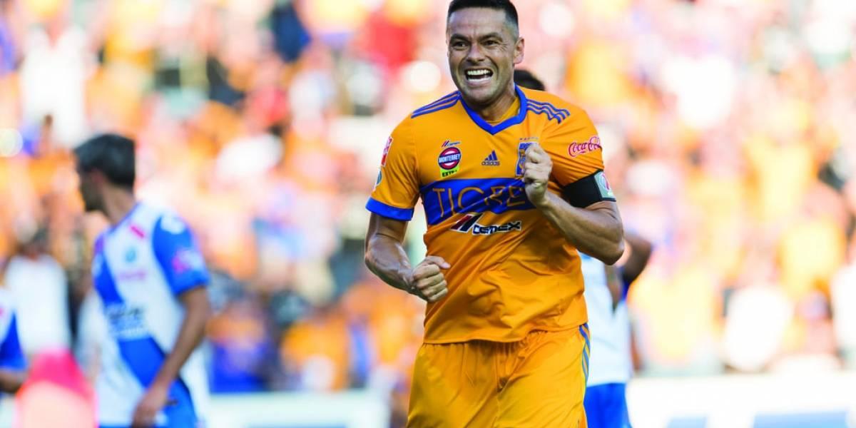 Juninho renueva hasta diciembre del 2018 con Tigres