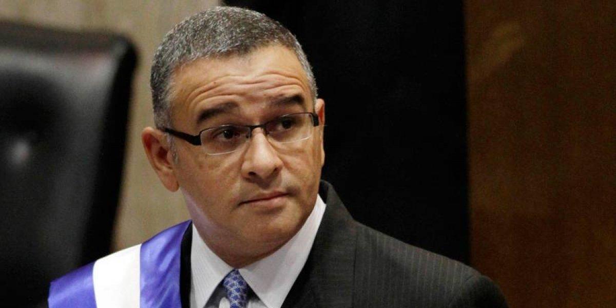 Fiscalía salvadoreña presenta dos nuevas acusaciones contra expresidente Funes