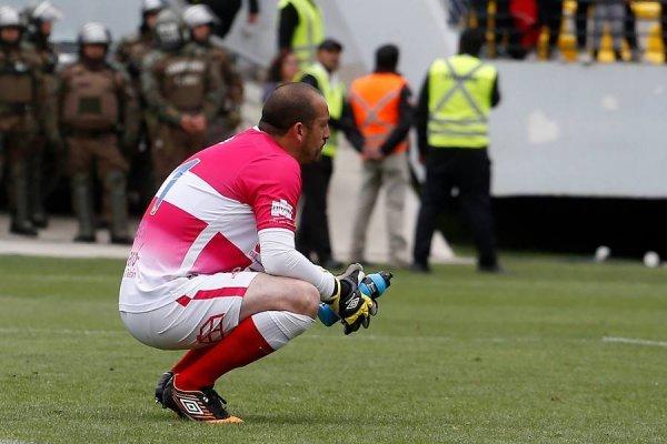 Eduardo Lobos no lo pasa bien en Everton / imagen: Photosport