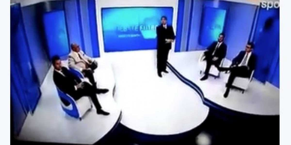 Temblor sorprende a panelistas de programa en vivo