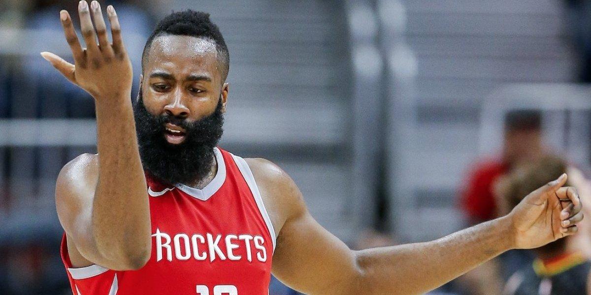 Harden y Rockets amplían su racha ganadora