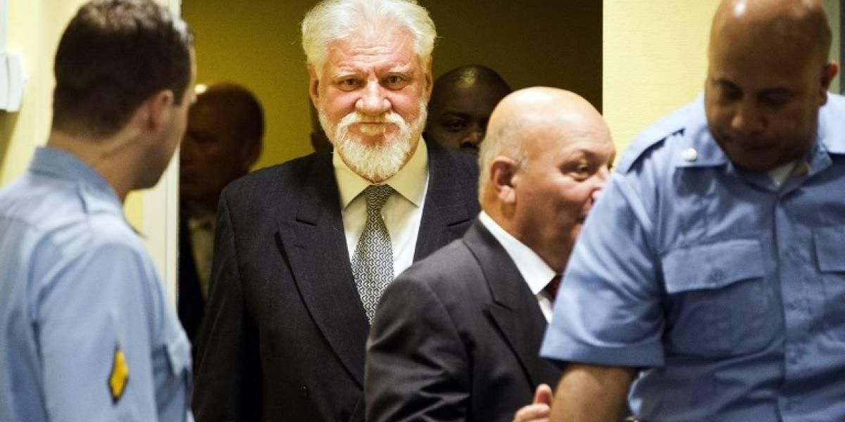 Quién era Sloban Praljak: el criminal de guerra bosnio croata que se suicidó tomando veneno tras escuchar un veredicto en su contra