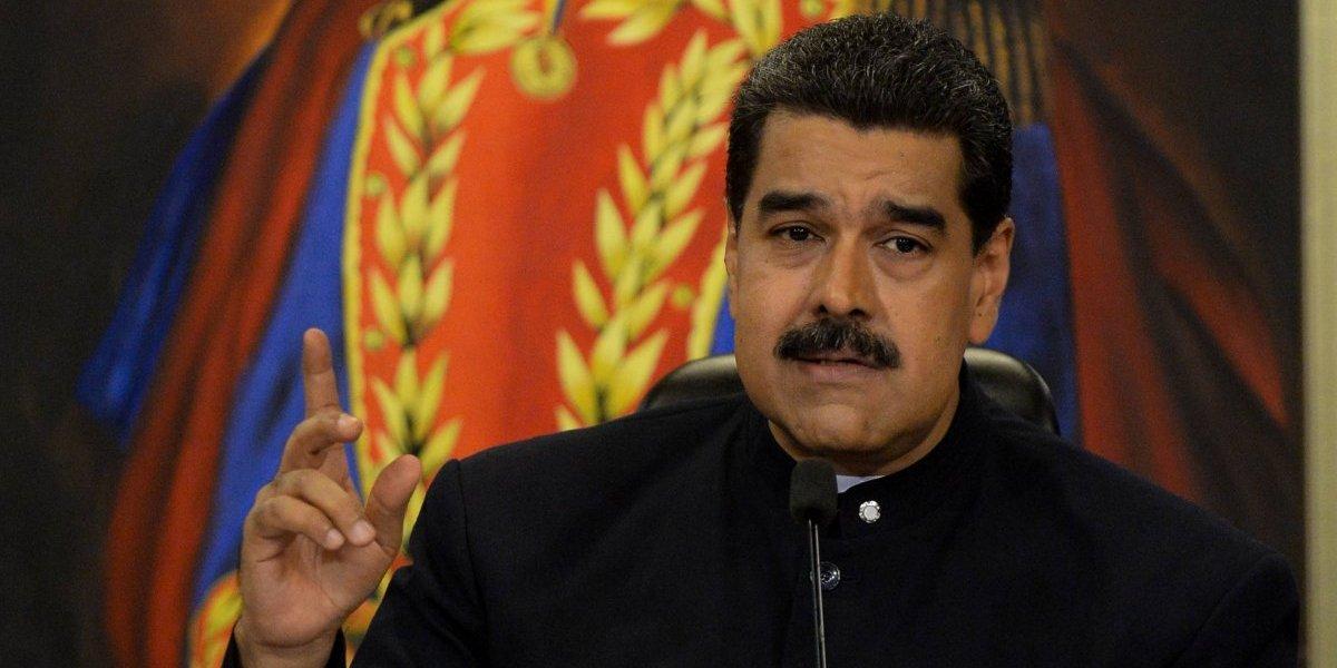 Maduro se adelanta en busca de la reelección en 2018