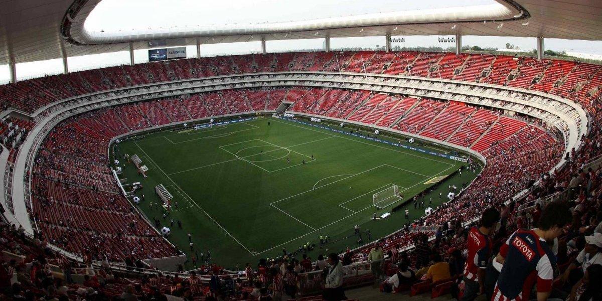 Estadio de las Chivas cambiaría de nombre
