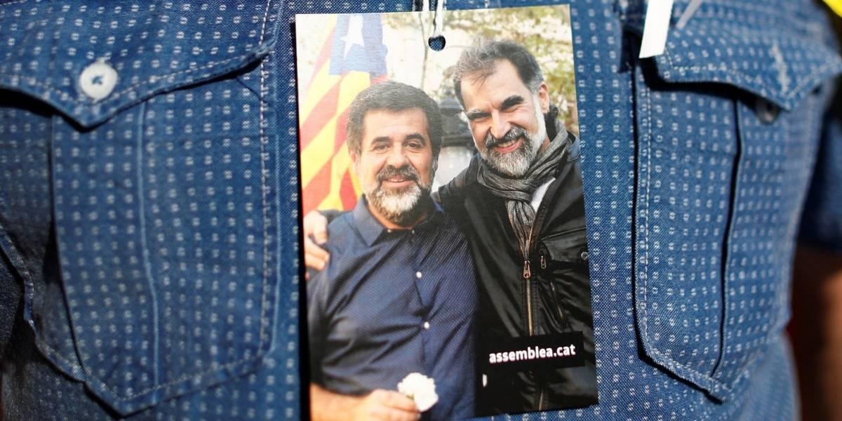 Cómo es la vida de los políticos y activistas por la independencia de Cataluña que la justicia de España mandó a prisión tras el referéndum