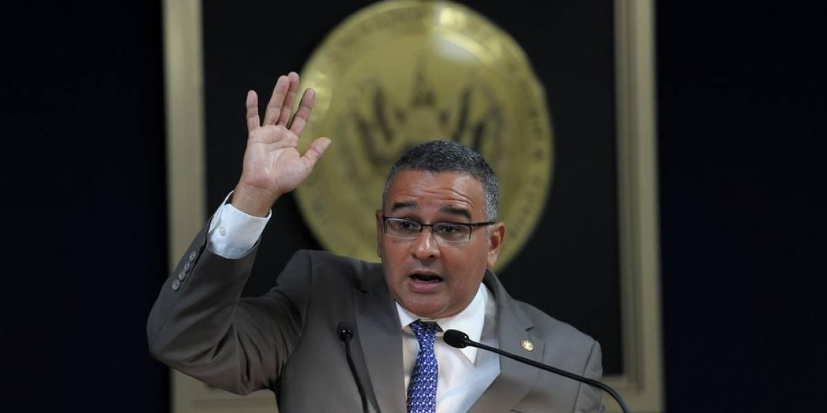 """La Justicia de El Salvador condena al expresidente Mauricio Funes a restituir """"bienes ilegítimos"""" adquiridos durante su gobierno y lo inhabilita por 10 años"""
