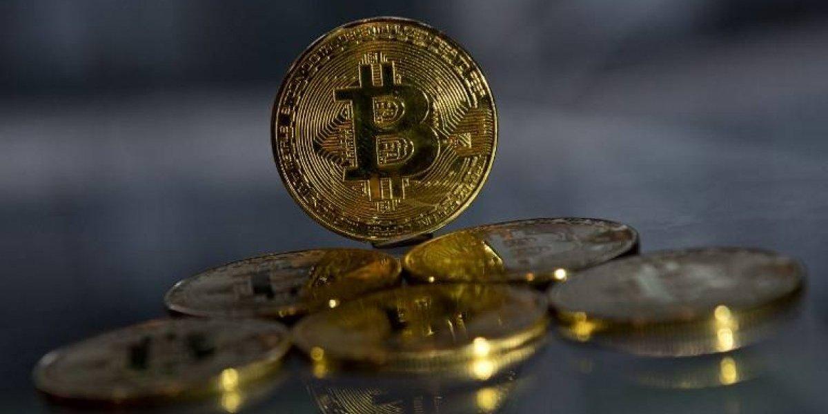 Nada lo detiene: bitcoin no se cansa de batir récords y ya rompe la barrera de los US$11.000