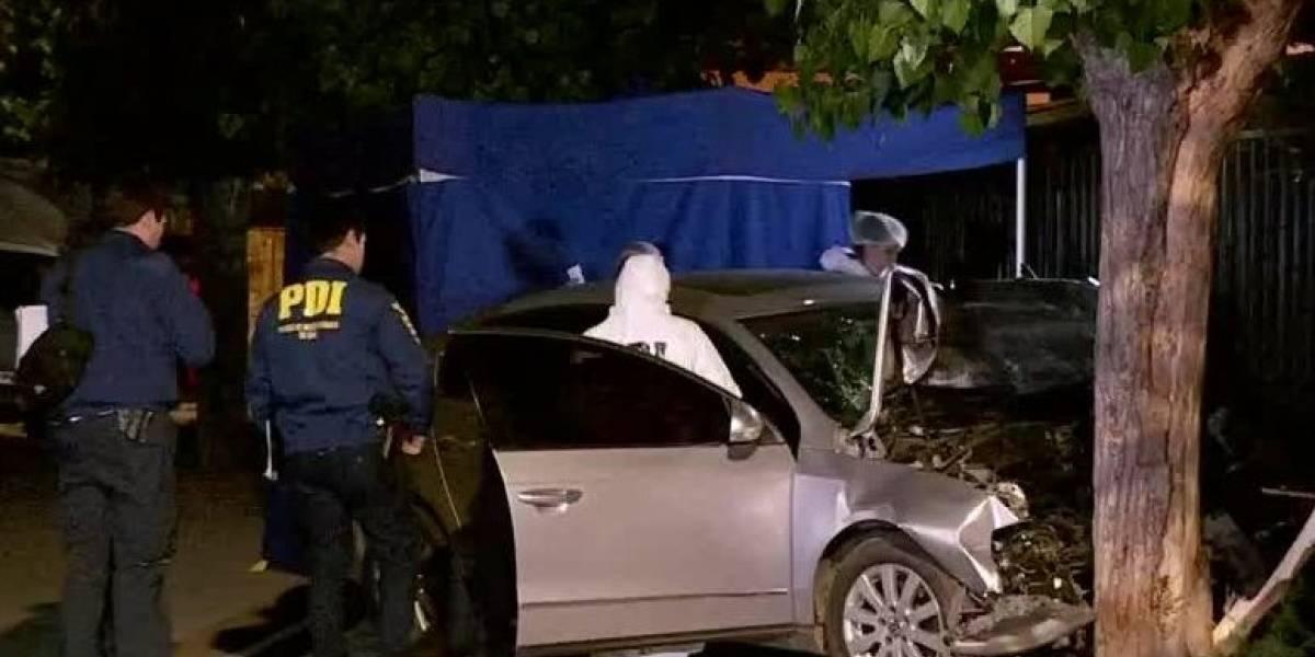 Choque en Cerro Navia da un vuelco y se transforma en homicidio: víctima fue baleada en su auto