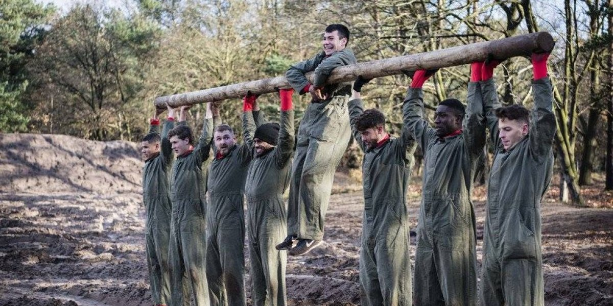 Chucky y PSV se someten a entrenamiento militar