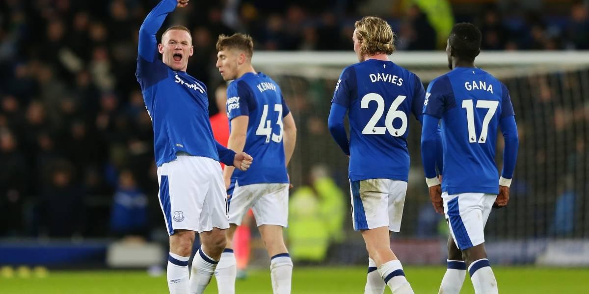 Con golazo de media cancha incluido, Everton humilla al West Ham