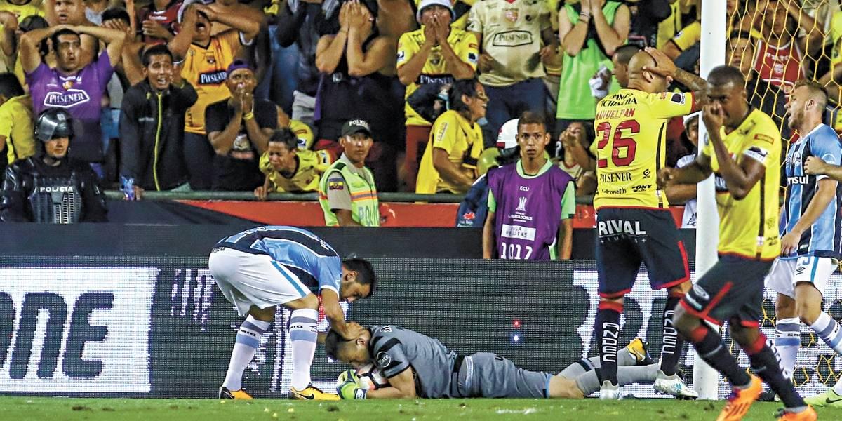 Formado na base do Grêmio, Marcelo Grohe foi um dos destaques do tri