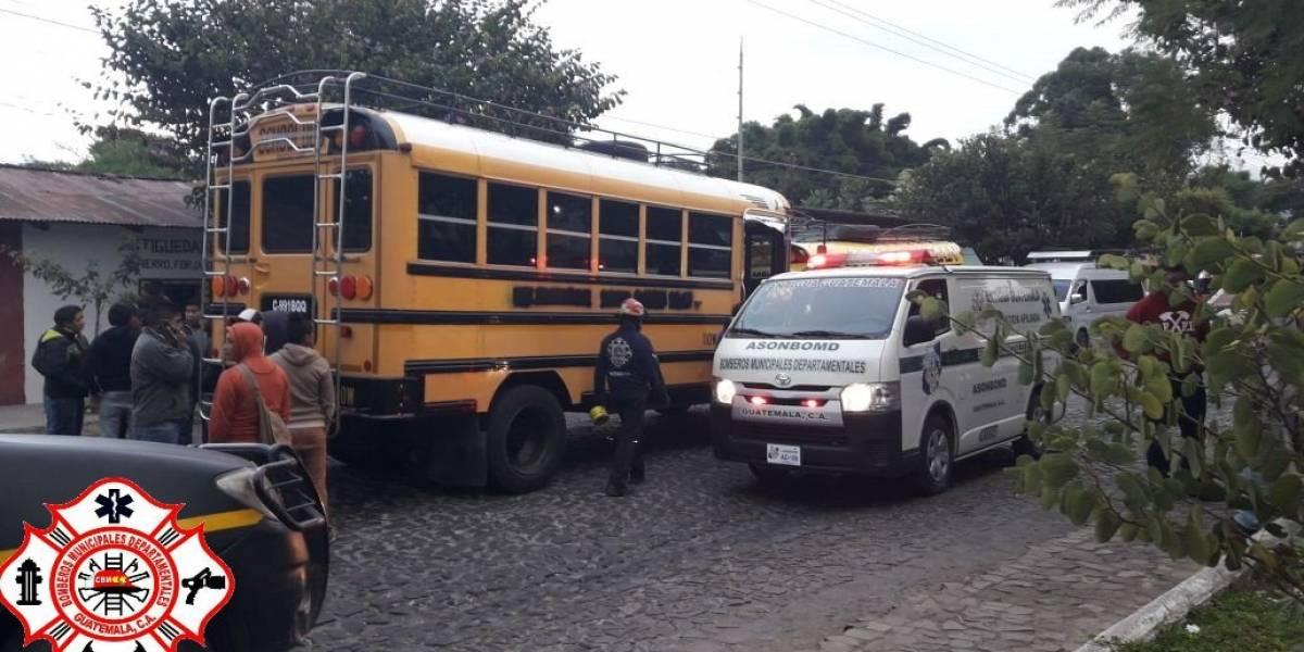 Piloto de autobús fallece tras ataque armado en Antigua Guatemala